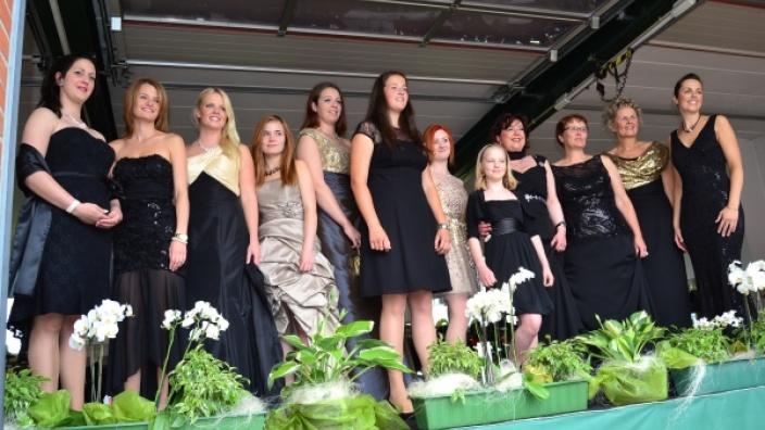 """Die 12 """"Models"""" vom Country Shop Marlis Schumann."""